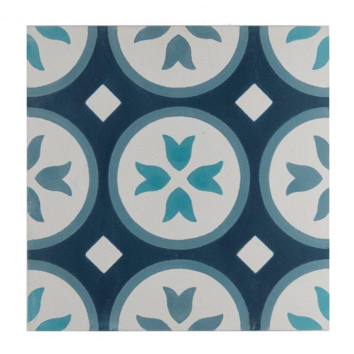 cement-tegels-ce-2019-grey-blue-blauw-figuur-motief-print-portugese-tegels-zwart-wit-bloem-donkerblauw-lichtblauw-wit