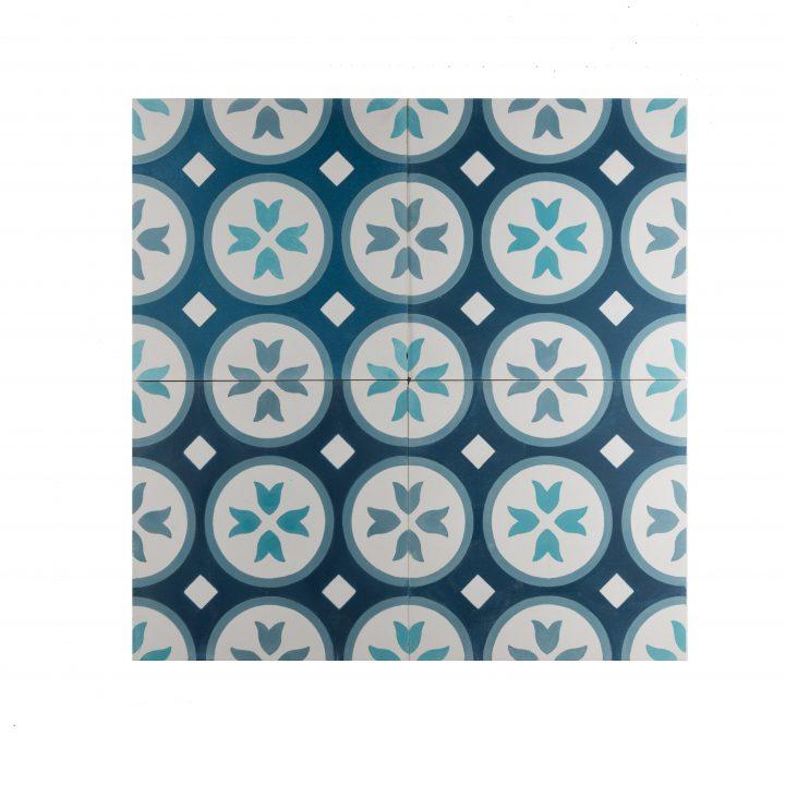 cement-tegels-ce-2019-grey-blue-blauw-figuur-motief-print-portugese-tegels-zwart-wit-bloem-donkerblauw-lichtblauw-wit-compleet